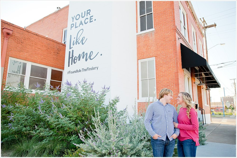Couple portraits outside The Findery | Love Photography in Waco, Texas | Jason & Melaina Photography