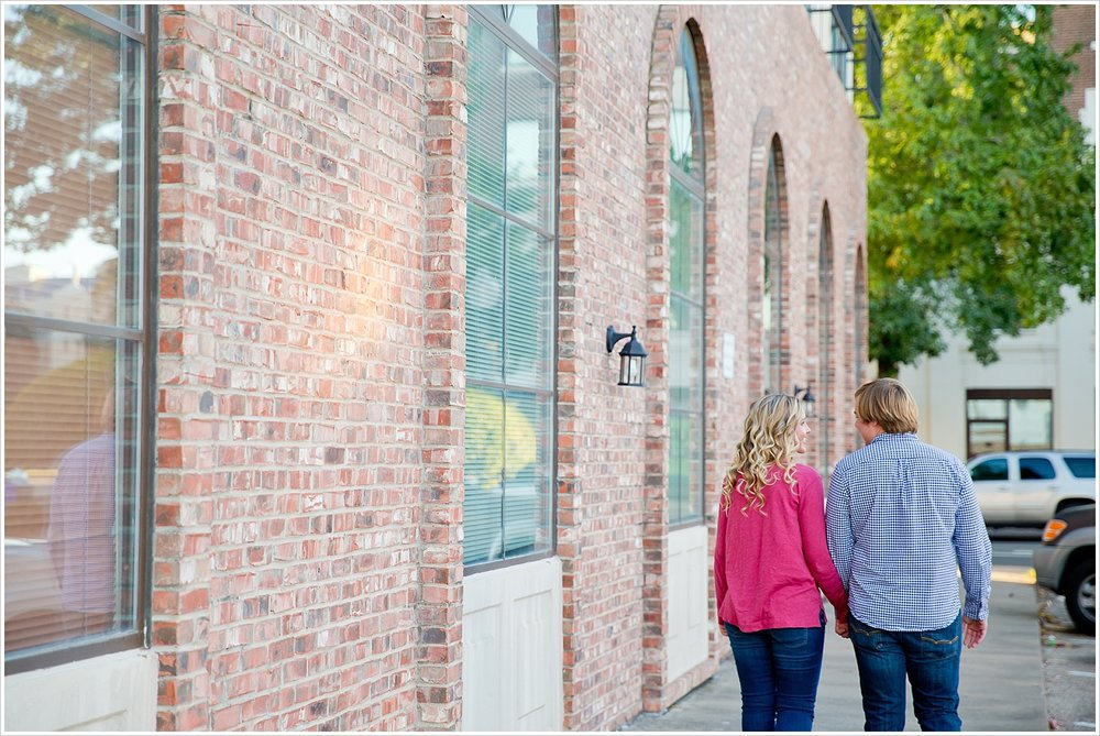 Couple walking hand in hand | Love Photography in Waco, Texas | Jason & Melaina Photography