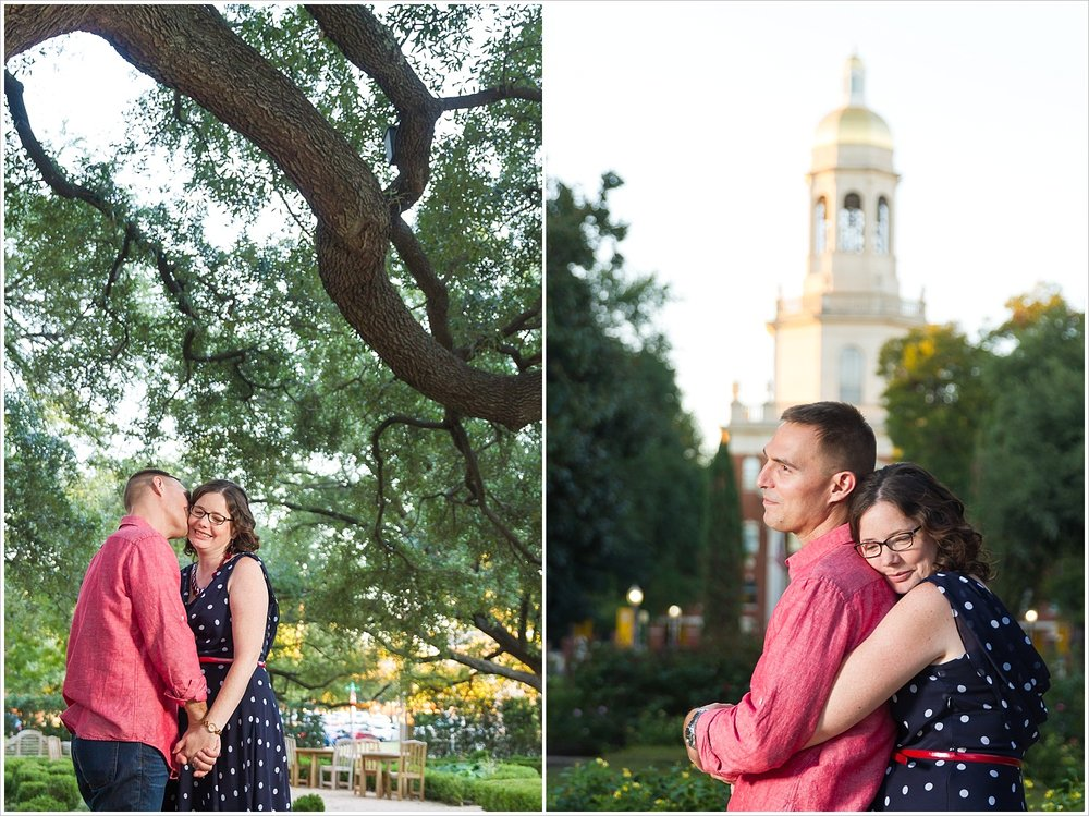 Couple hugs in front of Pat Neff Hall for their Baylor University engagement session - Photography by Jason & Melaina Photography - www.jasonandmelaina.com