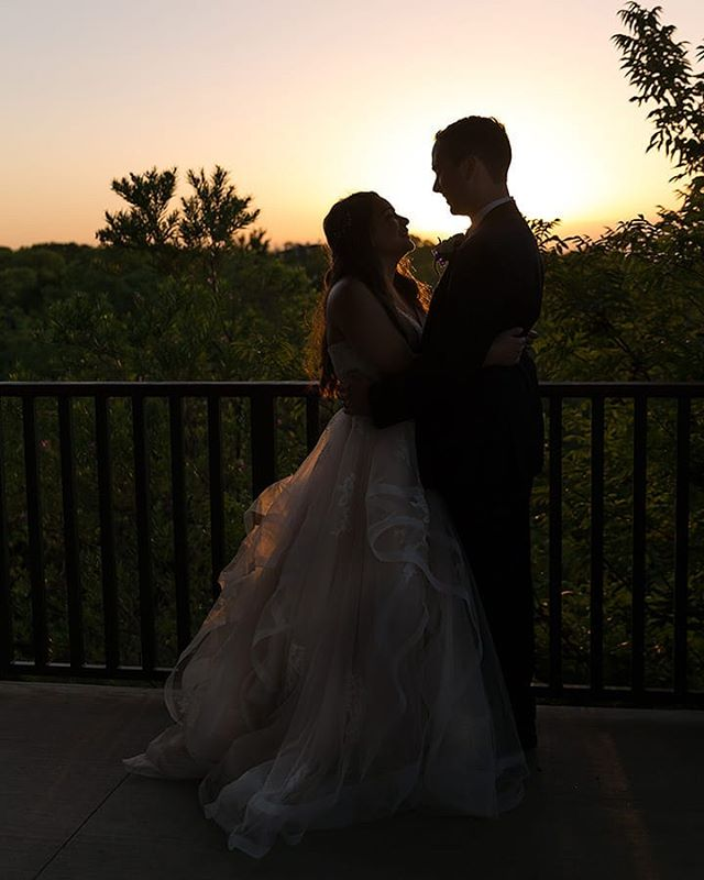 Sunset is a great time to sneak out of the reception for a little time together as Mr. & Mrs. 🌅 We love taking our #JandMSweethearts out for this time. Because after the ceremony, and the pictures, and the announcement and dinner, it's nice for them to have a moment to themselves and take it all in. 🌅 And it makes for some fun pictures too. 😉 🌅 Would you make sunset pictures a priority on your wedding day?