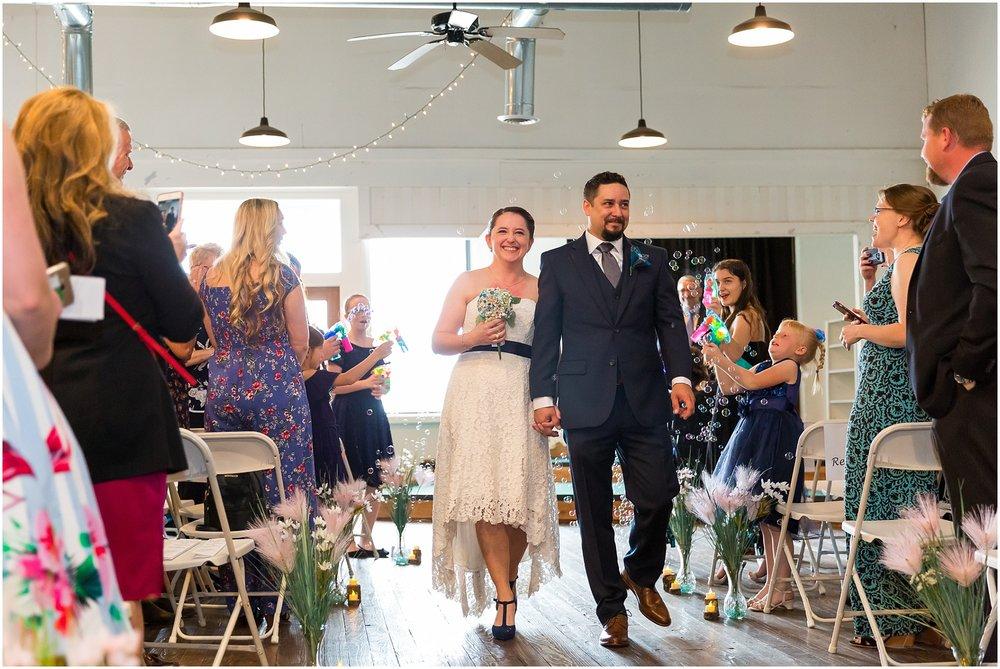 Amsler-Warehouse-Wedding_0026.jpg