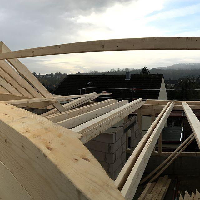 #zimmereiwildt #zimmerei #glessen #brauweiler #view #wood #carpenter #holzbau #architecture #architektur #dormagen #pulheim #bedachungen