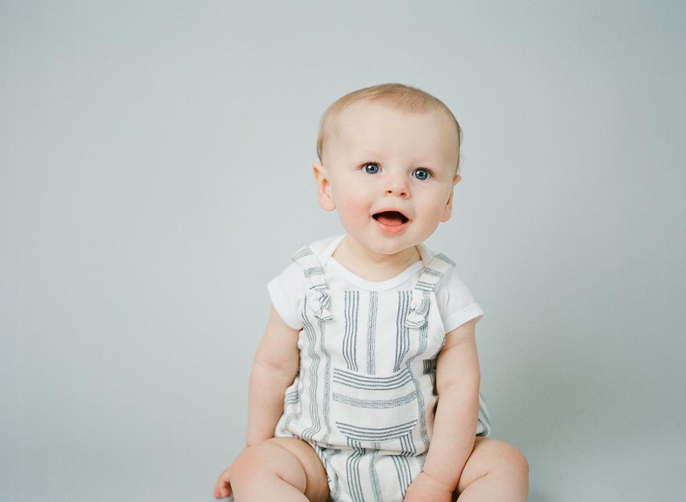 carrie_geddie_raleigh_baby_photography_in_studio002.jpg