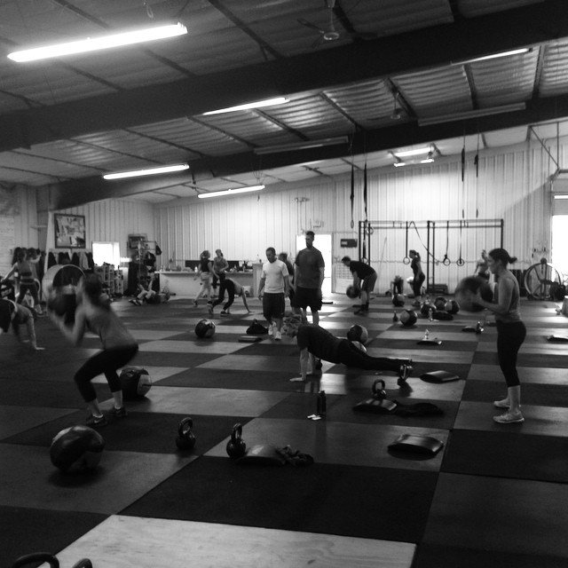 Packed house this morning! We just wanted to say thanks to all of our members and hope you have a safe and happy Thanksgiving. We appreciate you, and we look forward to seeing all of you soon.#cvsc #raisethebar #keepgoing