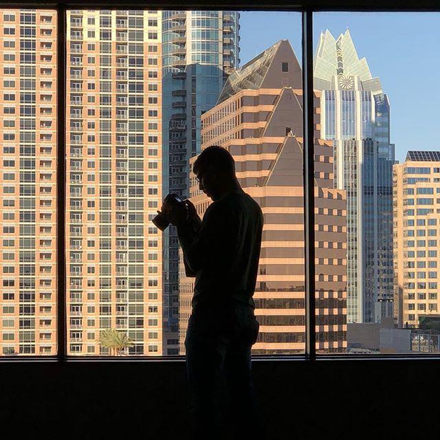 A man with a vision • • • #bestassistant #hotelphotographer #hotelphotographer #hyattregencyaustin #downtownaustin #skyline