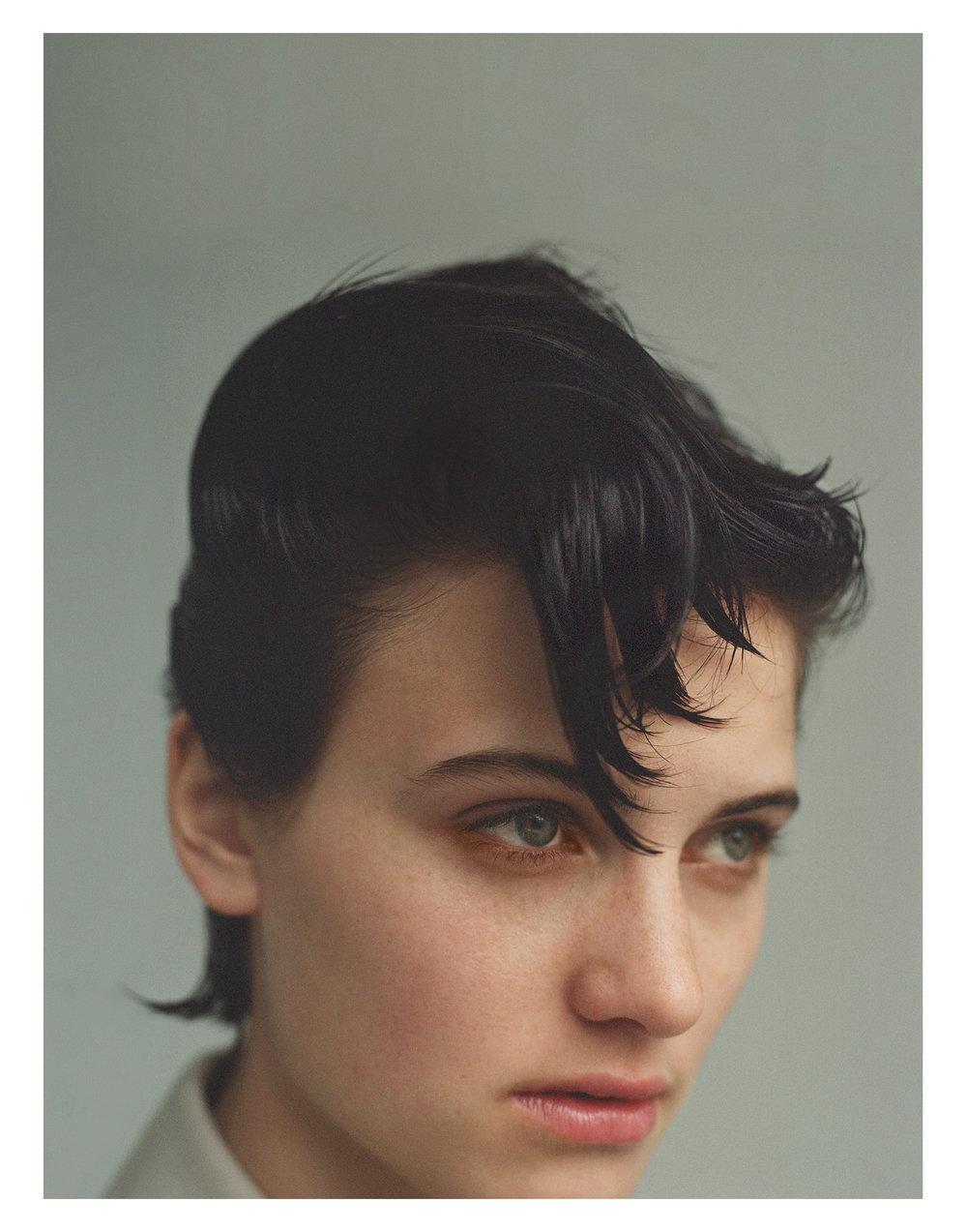 Beauty </br><small> <i> W Magazine August 2017</i> </br> Photo by Dario Catellani </small>
