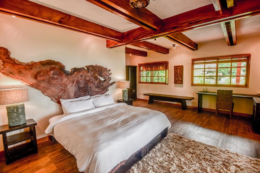 Sansara-Resort-Ganesha-Room-2.jpg