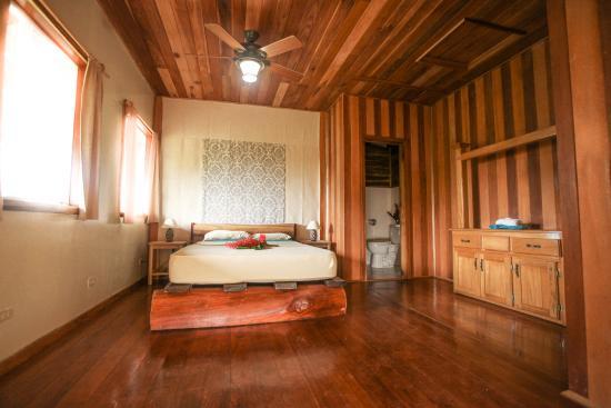 bambuda-lodge.jpg