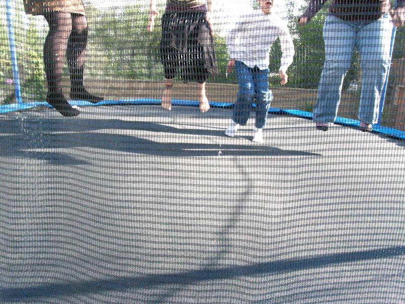 Jumpinggirls_1