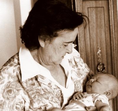 Luza_and_newborn_amy095
