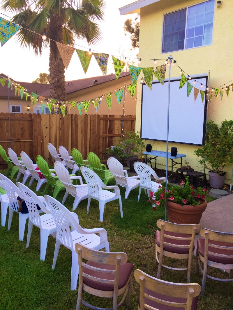 My Big Fat Cuban Family - Outdoor Movie Set up