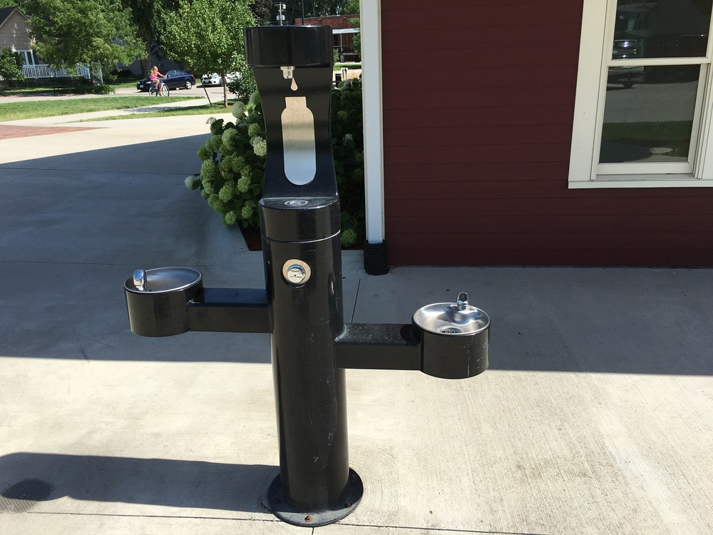 Water filling station on the NE corner of the trailhead depot.