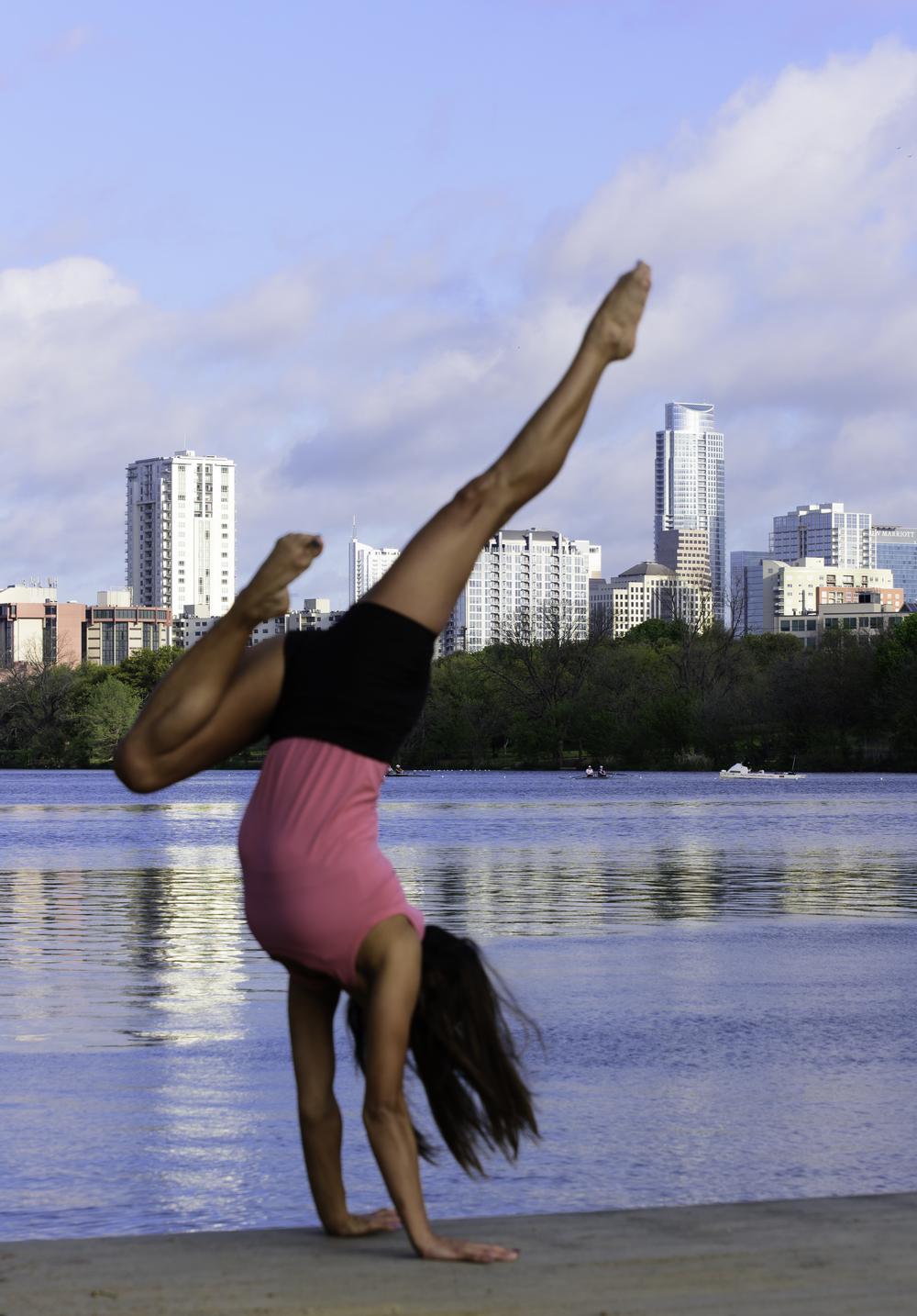 Austin--3_12_15_ -- Dee -- Handstands (3).jpg