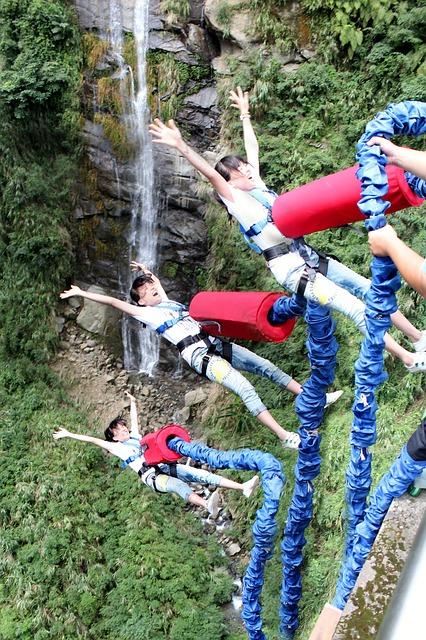 bungee-jumping-664112_640.jpg