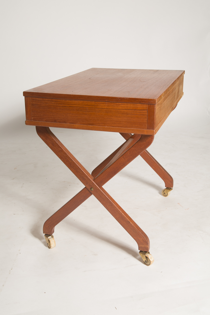 X Base sewing table 7_FRONT.jpg