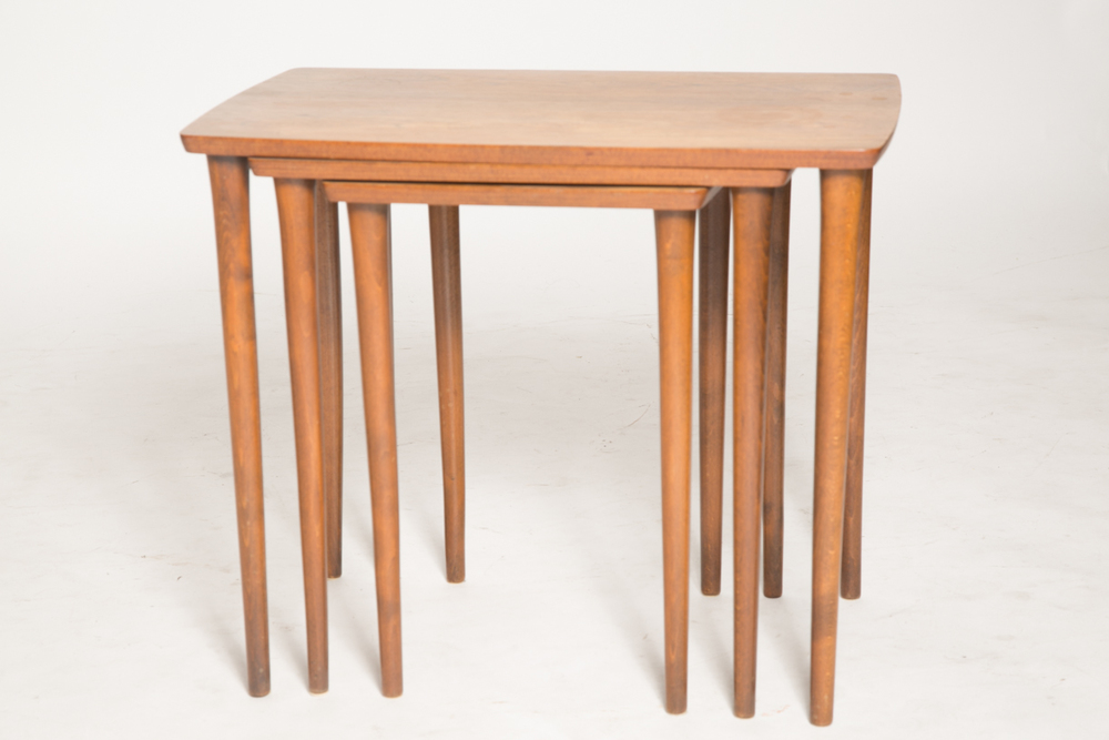 Pin legs nesting tables 8.jpg