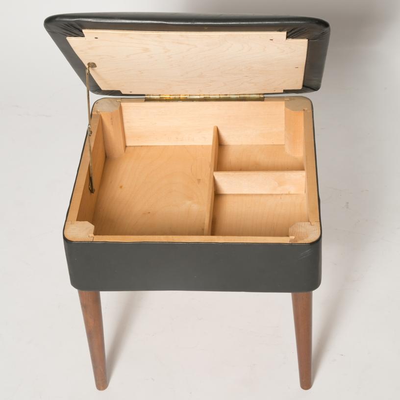 Storage ottoman 3.jpg