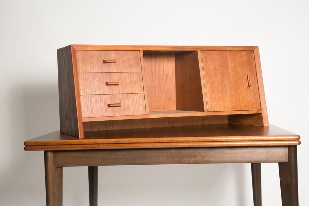 danish desk hutch 2_FRONT.jpg