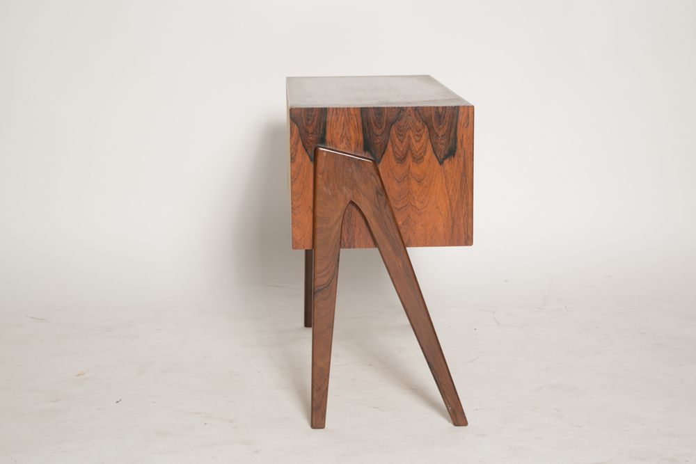 J Svenstrup for AP walking leg stand in rosewood 9.jpg