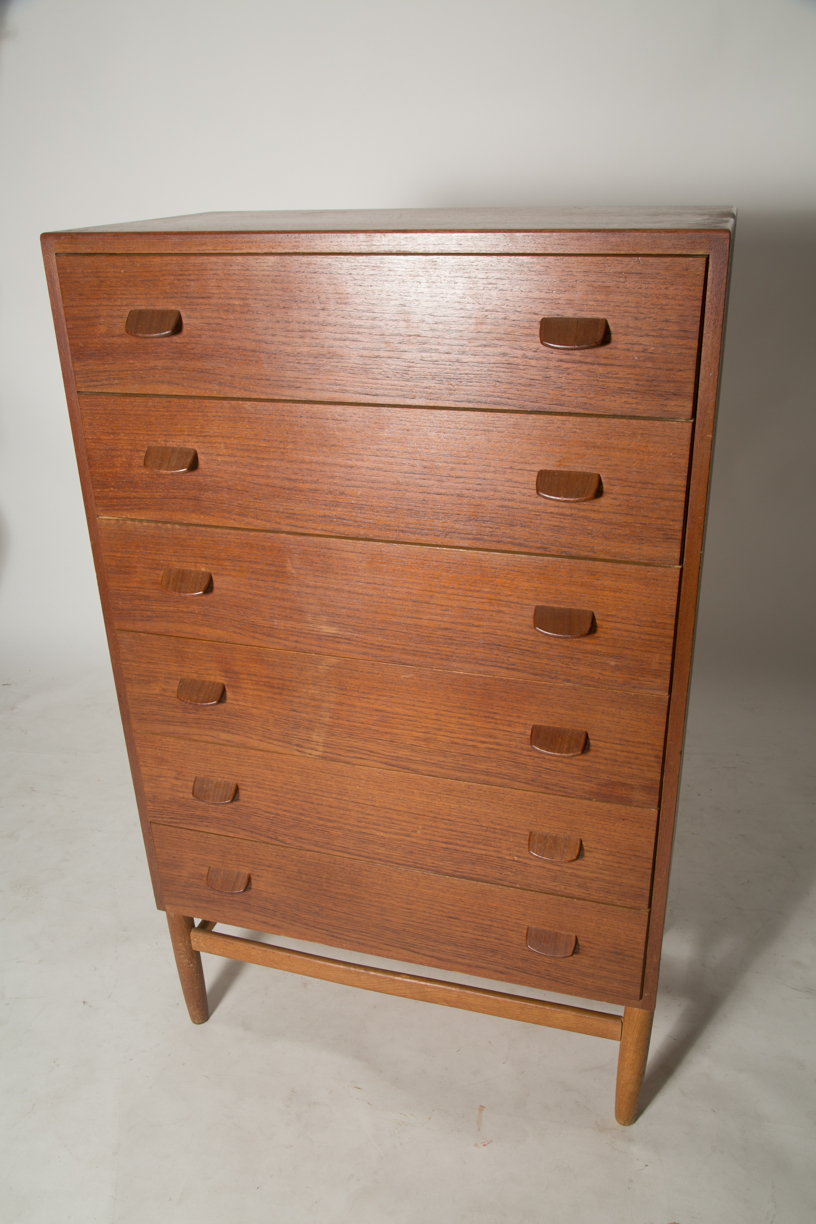 Paul Valther chest 11.jpg