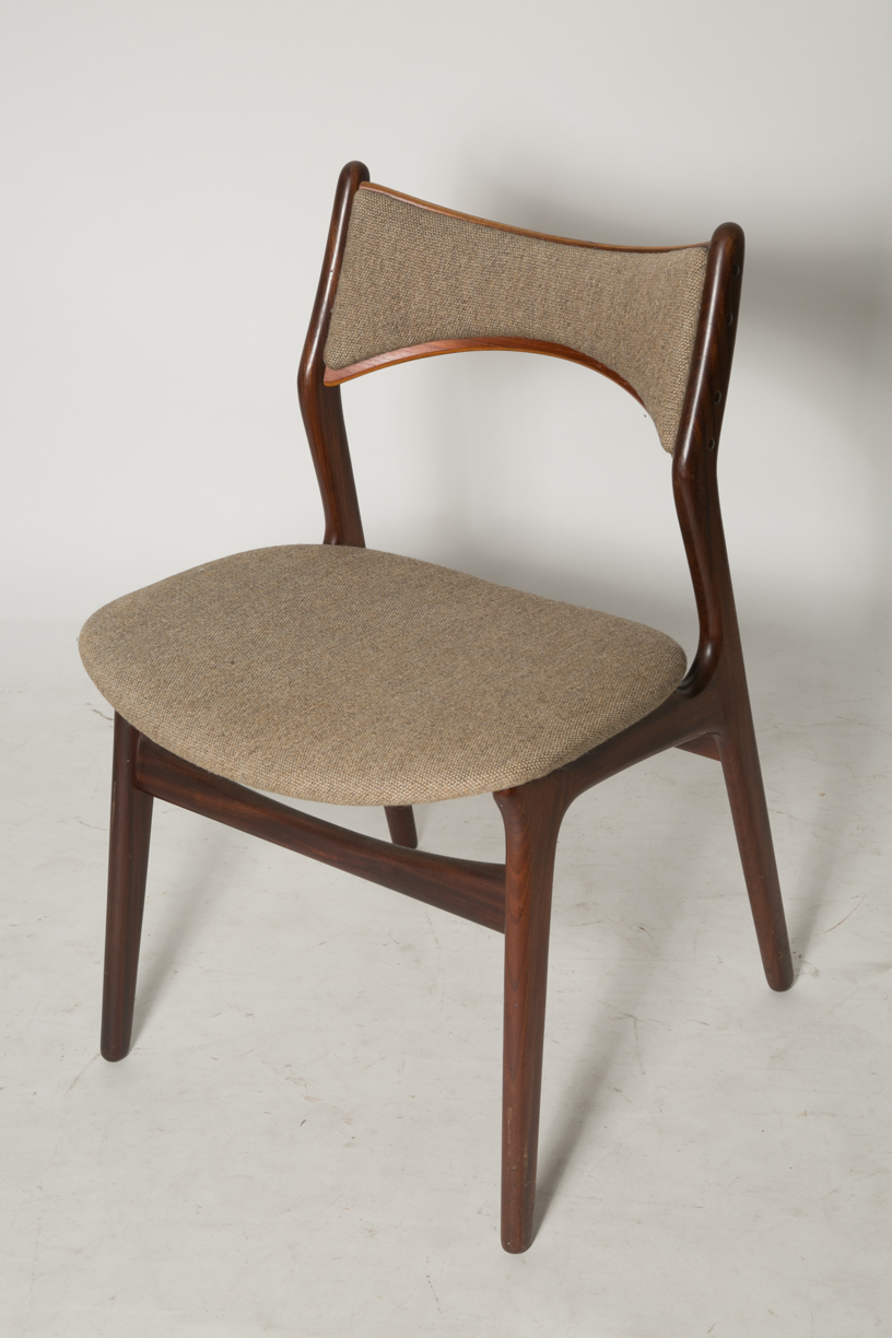 Erik Buck Model 310 dining chairs 6.jpg