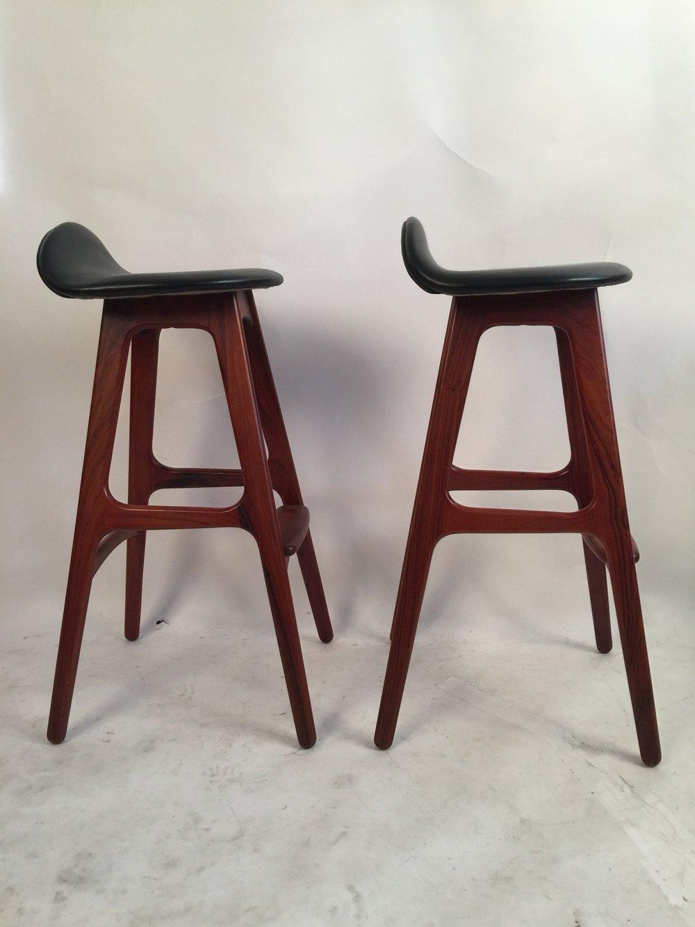 Erik Buck pair of black leather and rosewood bar stools_model 0D61  2.JPG