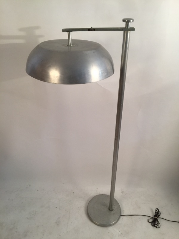 Kurt Versen 'Flip Flop' floor lamp brass and aluminum 4.jpg
