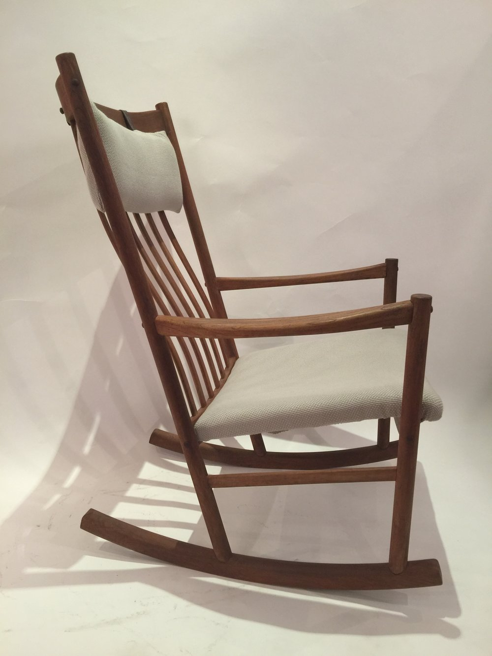 Wagner for Tram Stole - rocking chair 7.JPG