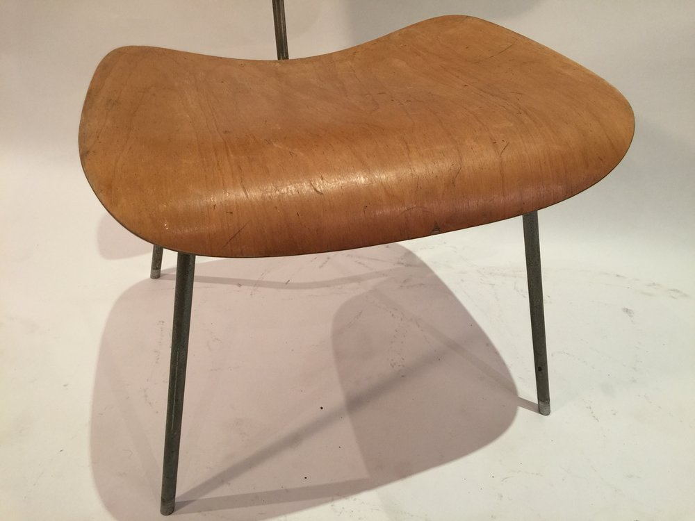 DCM Eames chair 5.JPG