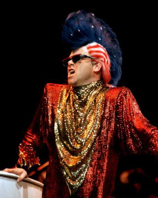 Elton John-14.JPG