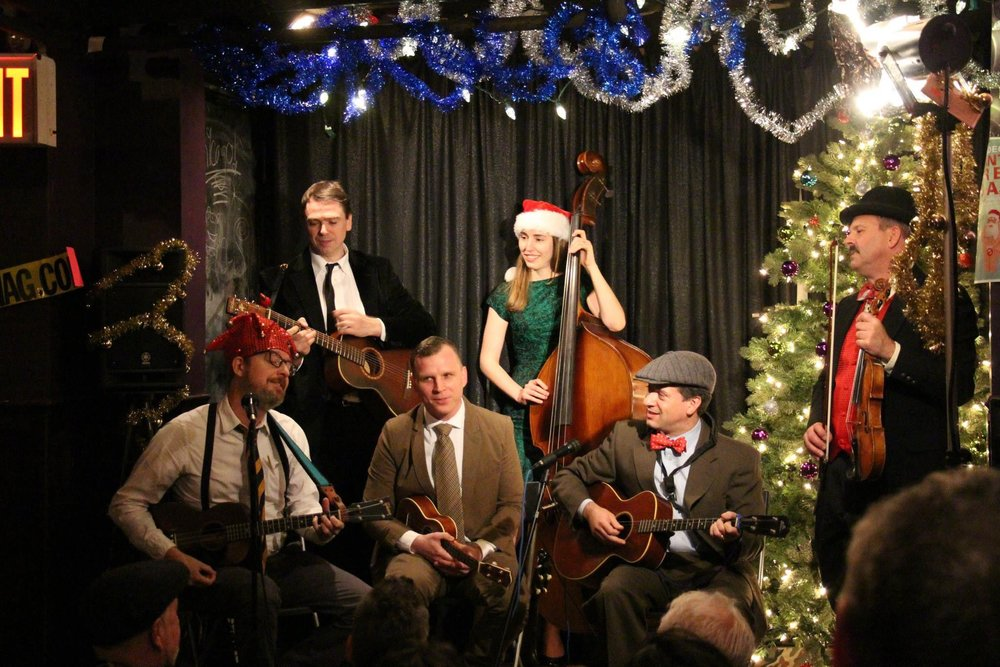 At the 2014 Ukulele Cabaret Holiday Show with Carl Luckert, guitar, and Erin Lobb, bass.