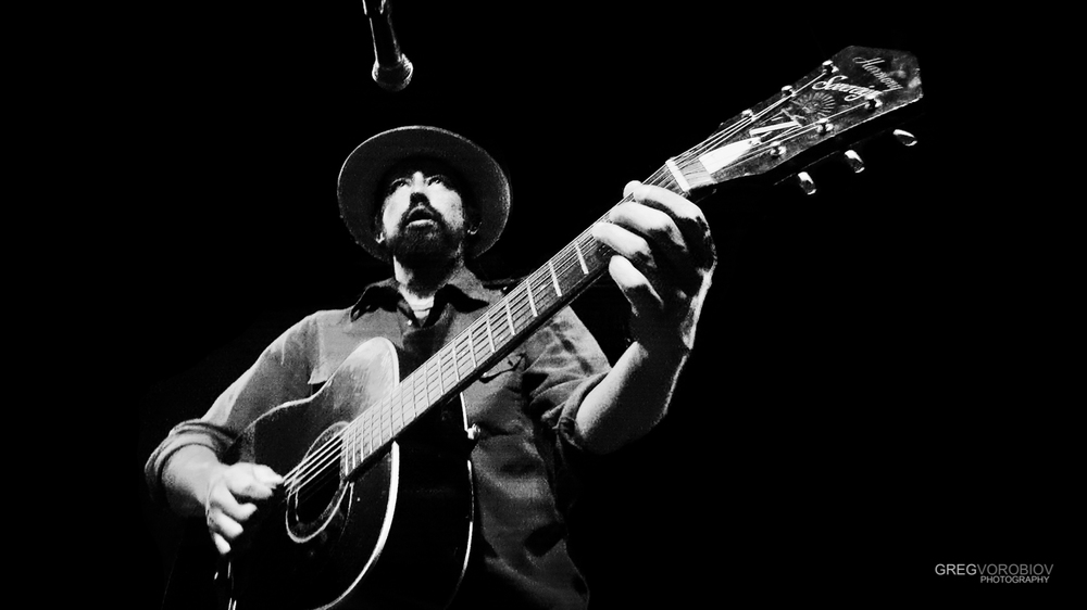 jackie_greene_by_greg_vorobiov-1-2.jpg