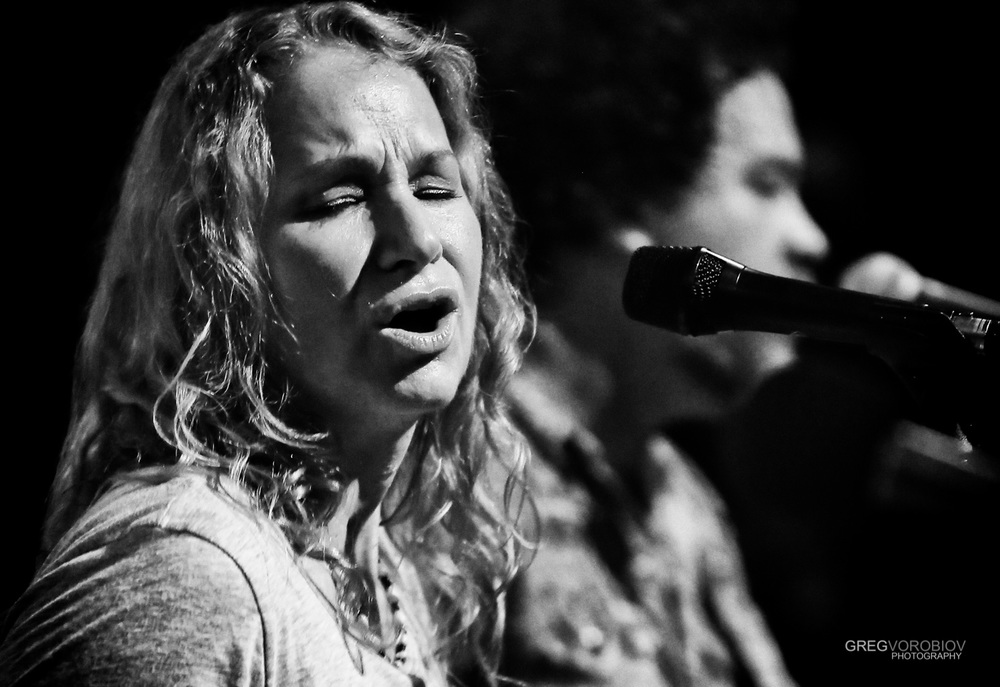 joan_osborne_trigger_hippy_concert_by_greg_vorobiov-1-6.jpg