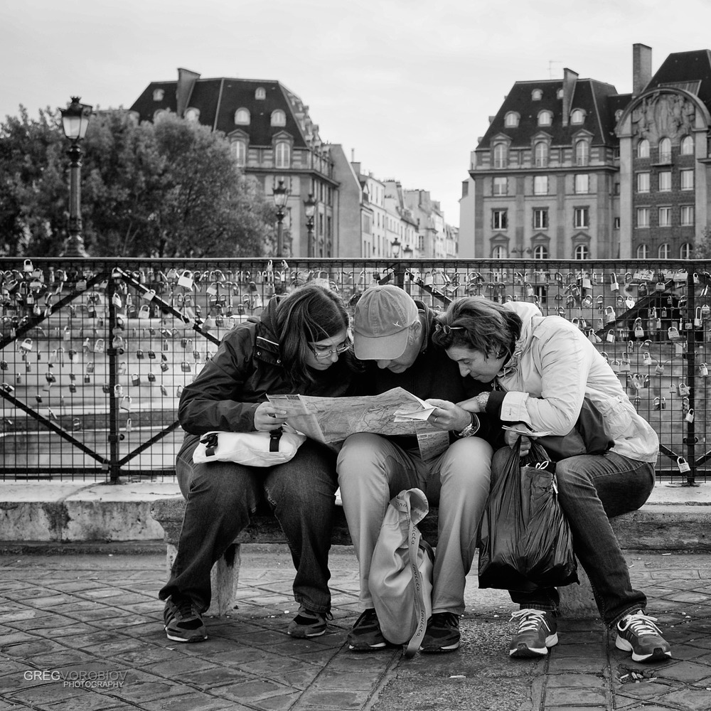 lost_tourists_map_paris_by_greg_vorobiov-1.jpg