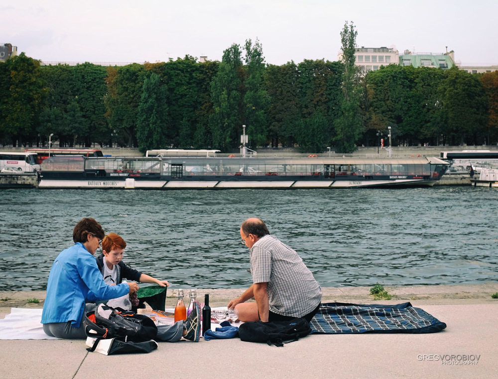 seine_picnic_paris_by_greg_vorobiov-1.jpg
