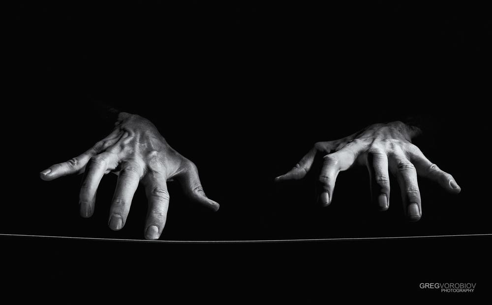 string-ballet-by-greg-vorobiov (2).jpg