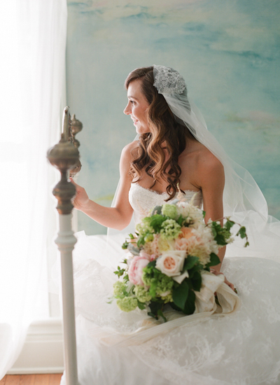 southern-wedding-lace-cap-veil.jpg