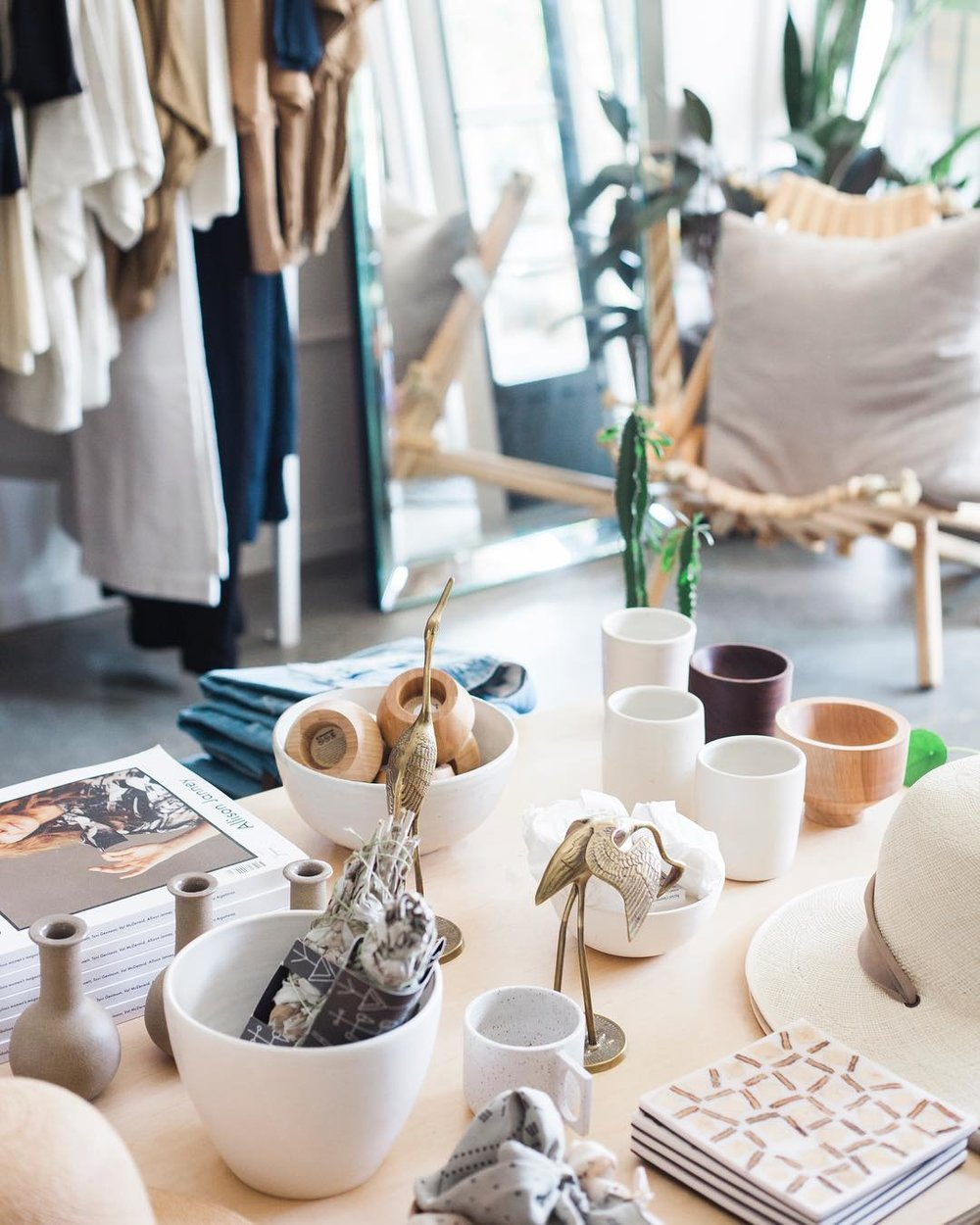 peoplemap-charlieandlee-shops-and-boutiques1.jpg