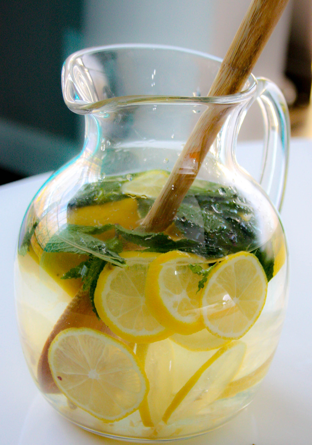 Detox lemon mint water breakfast drink recipe  :