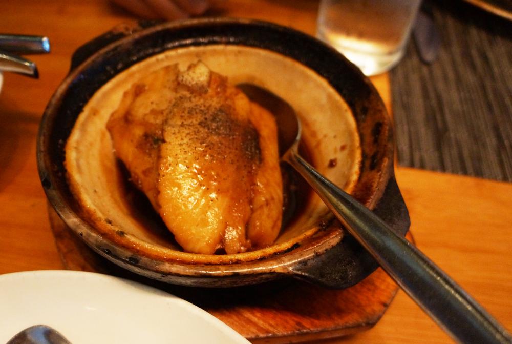 Clay Pot Cod,砂锅鳕鱼。作为下饭的鼻祖,连剩下的汤汁我都能吃5碗饭!不过一小块25刀+tax的价格也是杠杠的。