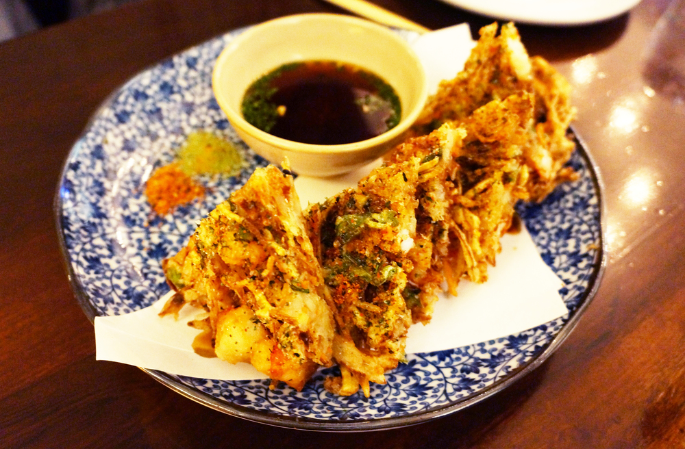 Kakiage Tempura。谁不喜欢油炸食品呢?只是准备好晚餐后万分懊悔吧。