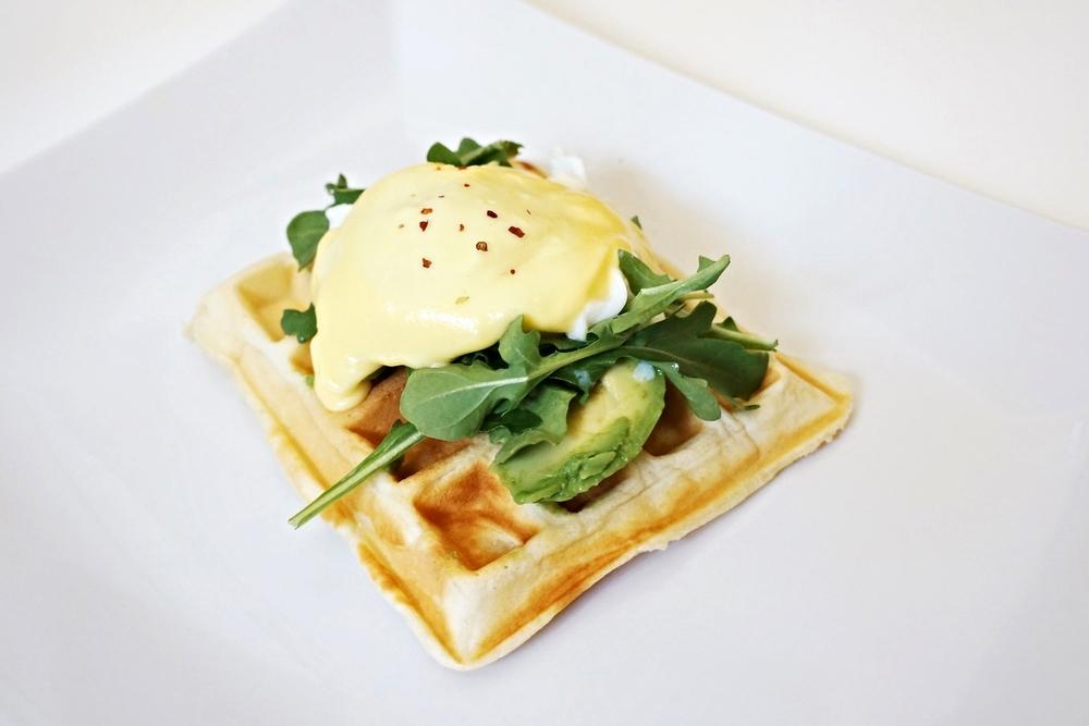 成品Waffle Benedict