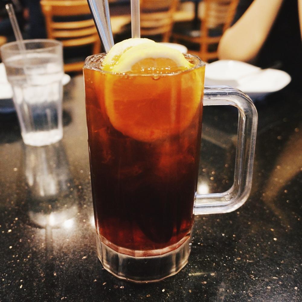 柠檬红茶Lemon Tea. 难道这不是去茶餐厅必喝嘛?