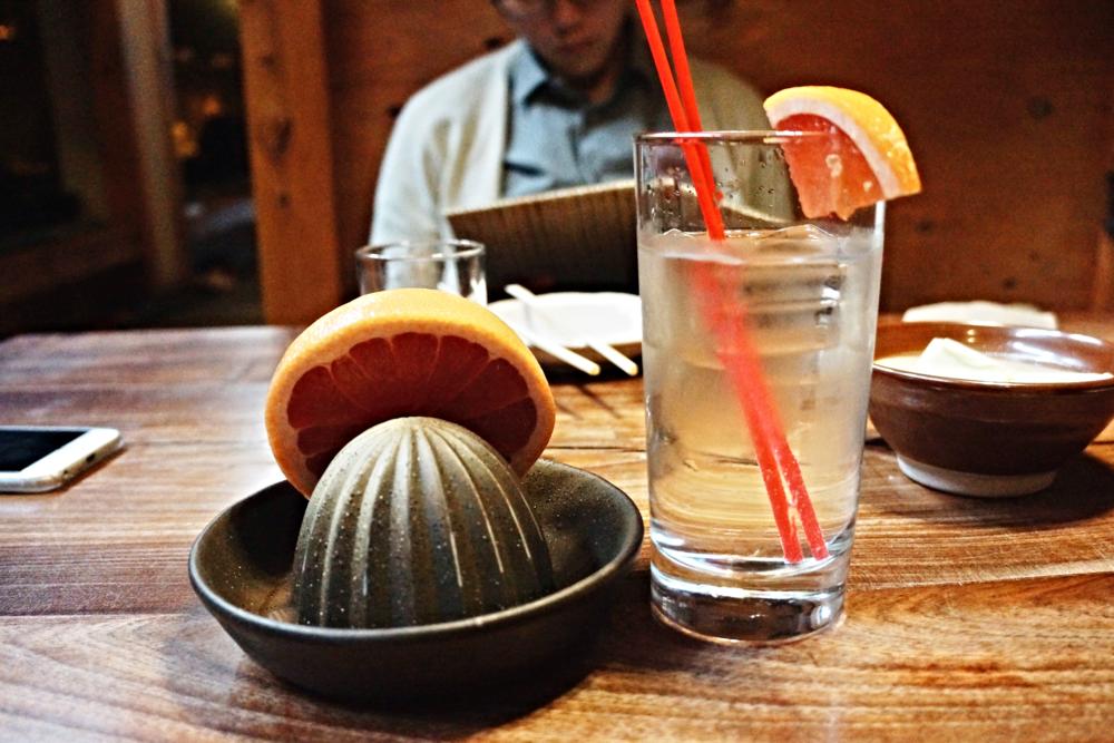 我每次都会点的grapefruit cocktail,又好玩又好喝。