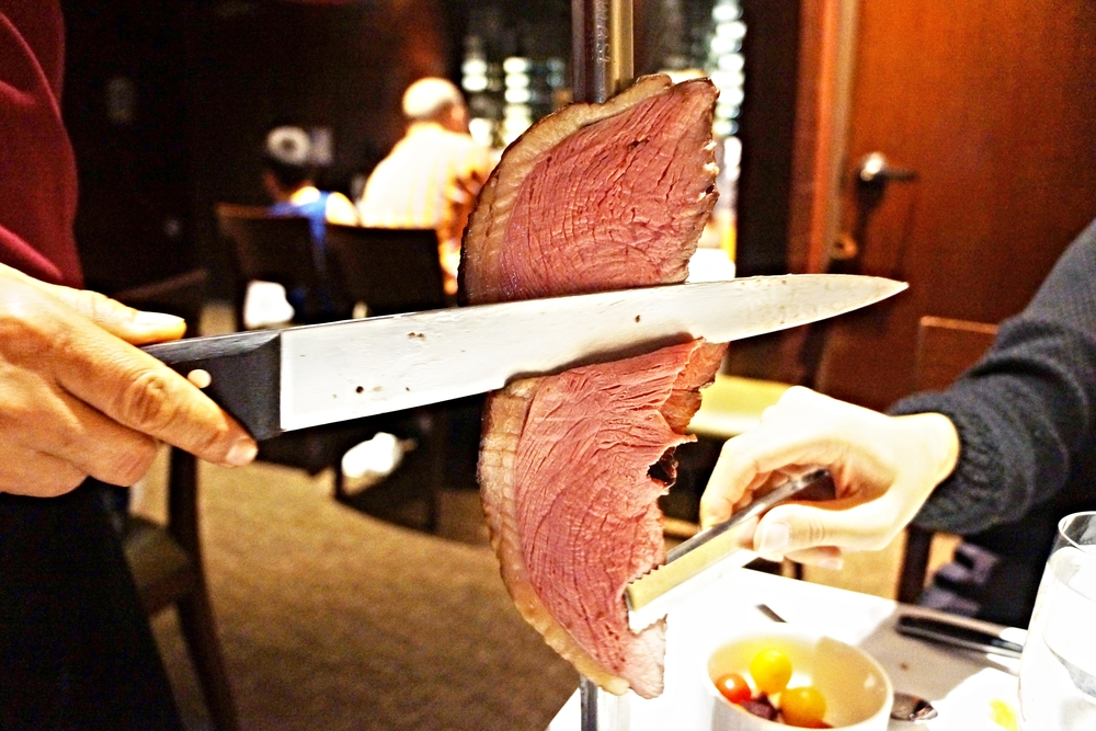 PICANHA: traditional Brazilian cut of top sirloin seasoned with rock salt and olive oil