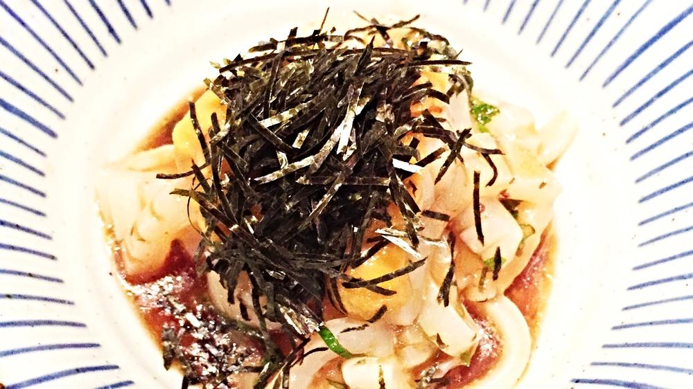 Ika Uni(squid&uni with olive oil and ume ponzu) $8 鱿鱼有些腥味了,加上umeboshi plum蘸酱吃起总是怪怪的感觉,我是没敢再尝试。不过uni还是够新鲜,流露一些甜味。