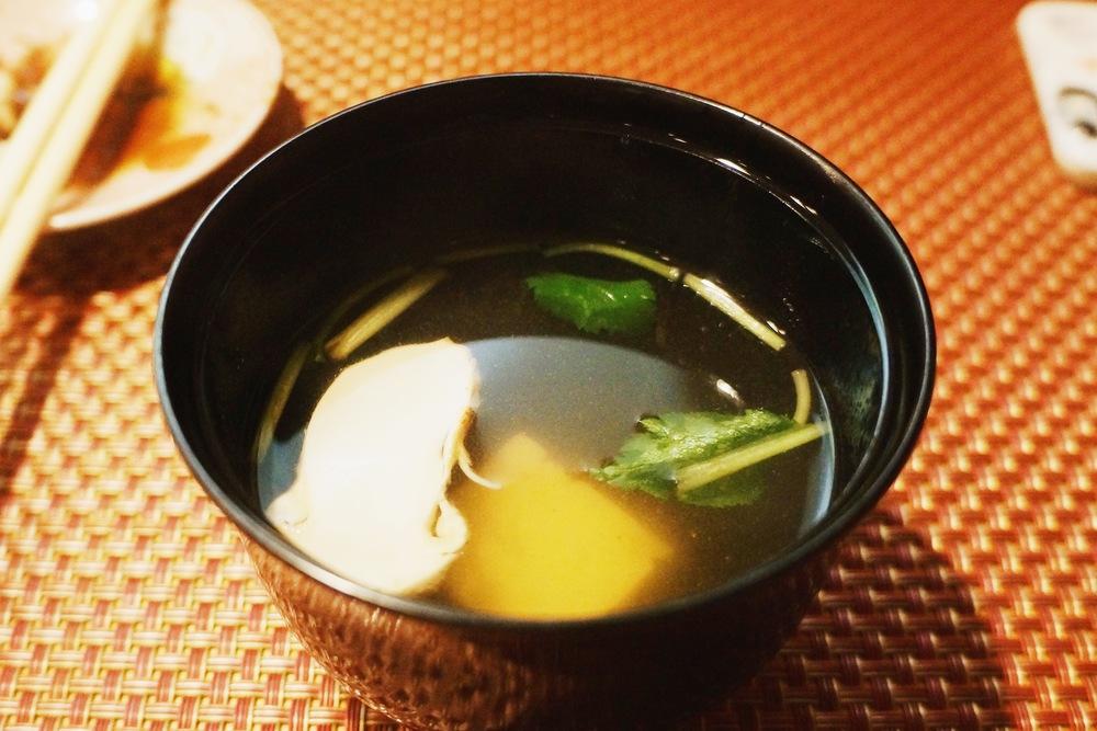 Mushroom soup. 最后一份清汤结束整个course