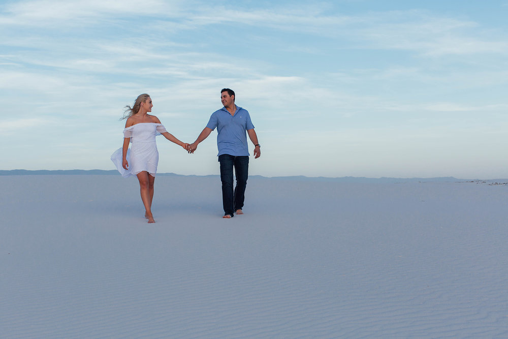 white-sands-engagement-portraits_06.jpg