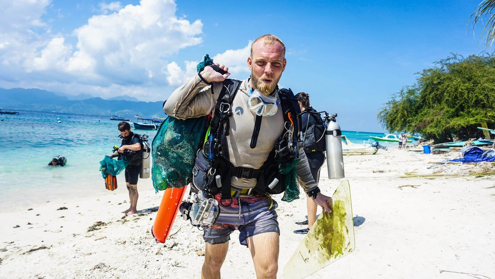 Debris Free Dives from Eco Warriors