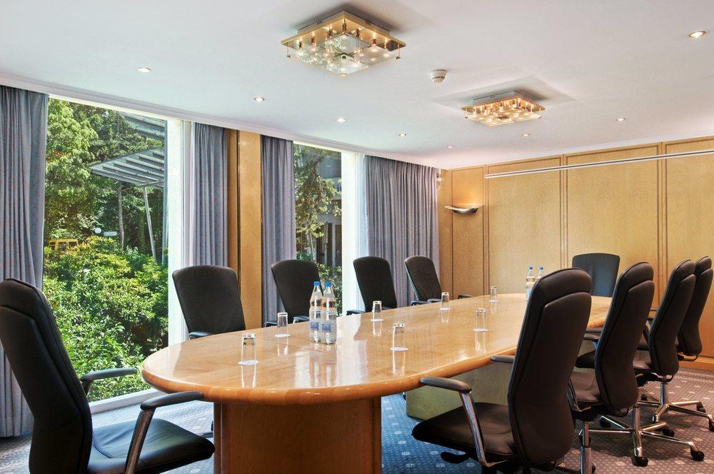 Meeting_Boardrom_5.jpg